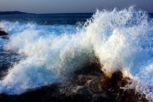 Crashing-Waves-IMG_8667