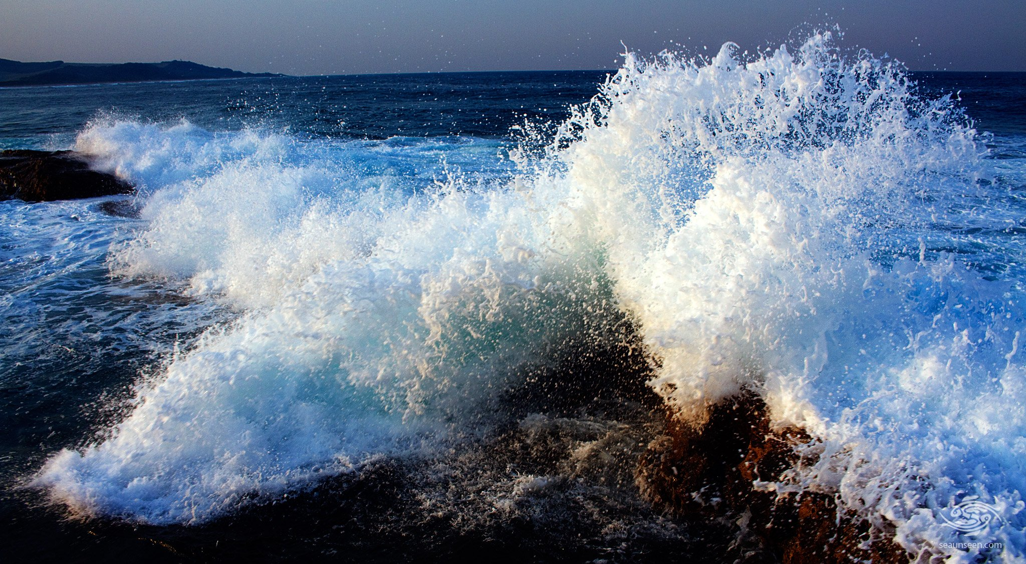 Crashing Waves in Aliwal Shoal