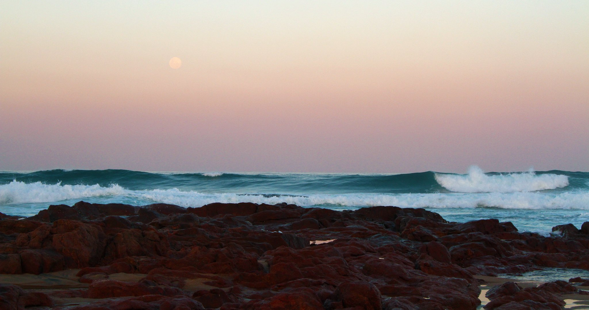 Moon-Sunset-IMG_8500